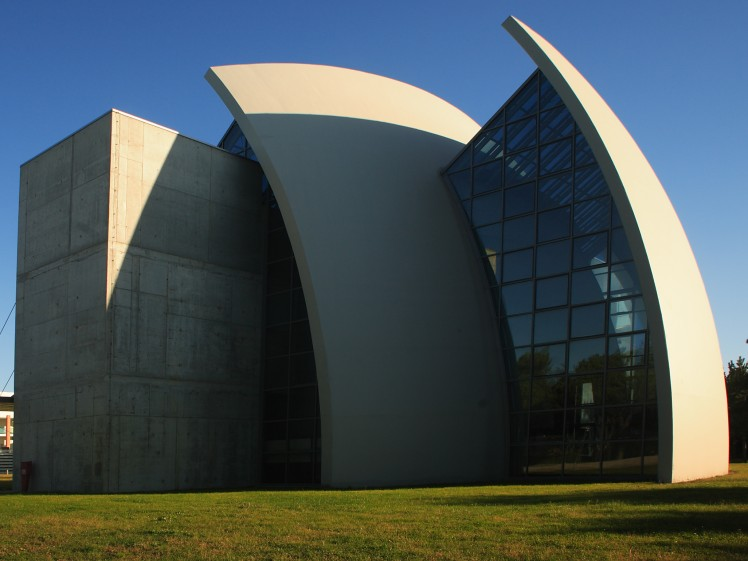 das Äußere der Kirche